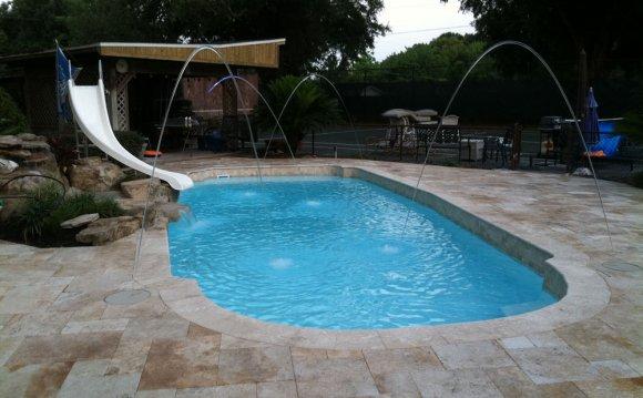 Your Fiberglass Pool Repair