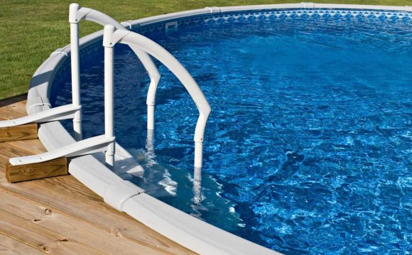 Closing your above ground pool