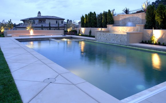 Pool Liner Repair Service: