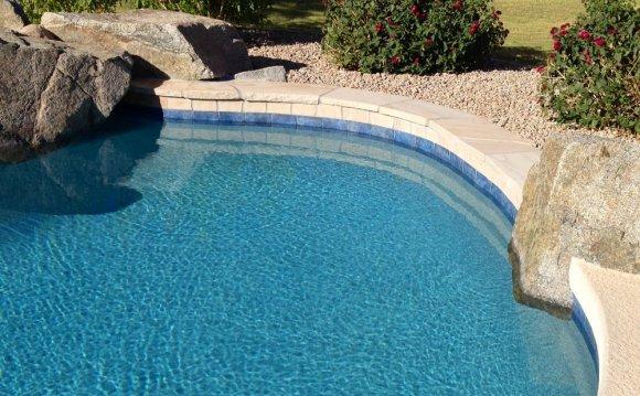 Swimming Pool Service & Repair