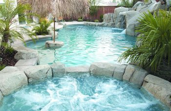 A beautiful tropical children's pool and spa cleaned by Probity Pools