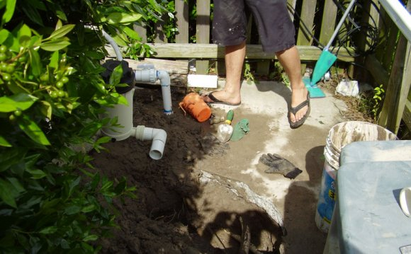 Pool Plumbing leak repair