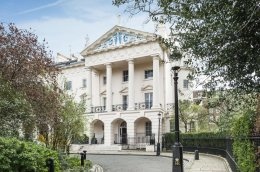 Damien Hirst's new London mansion. Courtesy of Deluxe Estate.