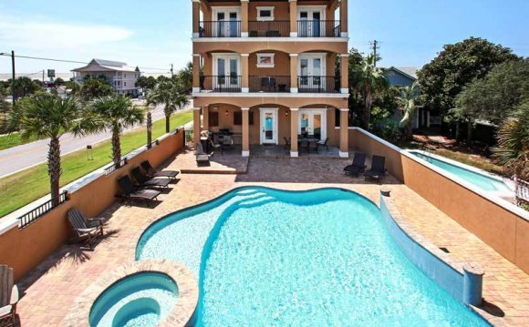 Florida Beach Homes Rentals with pool