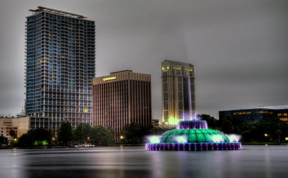 Fountains At Lake Orlando