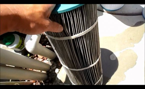 Replace pool filter