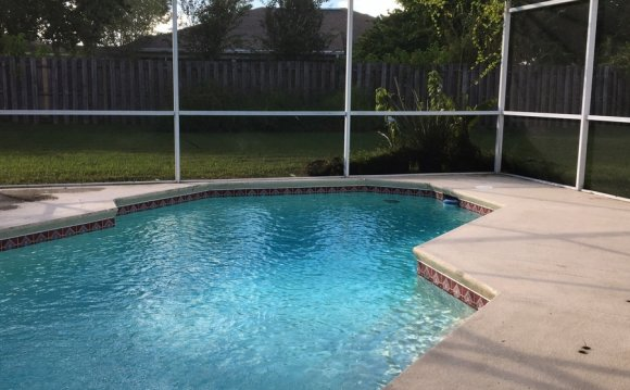 Kissimmee pool Service