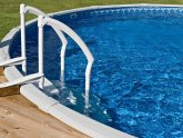 Above ground pool cleaning tips